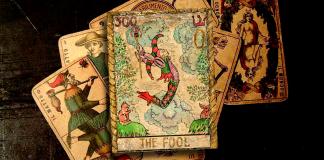 el loco del tarot, significado de el lcoo del tarot, significado tarot, tarot, the fool tarot, tarot the fool