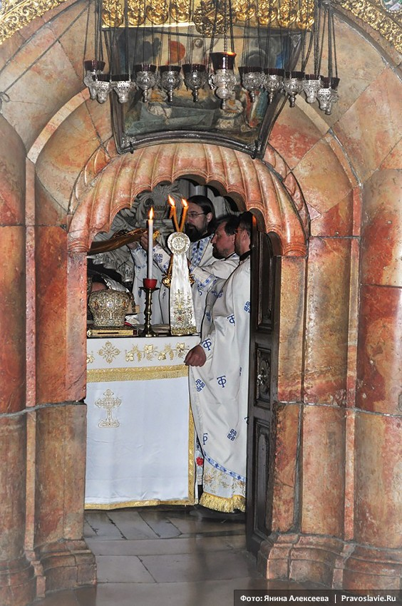 The Church of the Lord's Sepulcher. Orthodox Divine Liturgy in the Tomb.