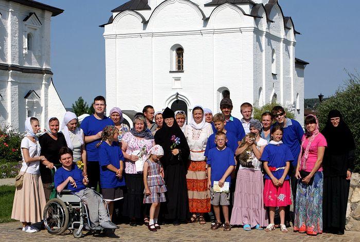 Воскресная школа-клуб Спасо-Воротынского монастыря