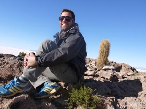 Fish_island_Salar_de_Uyuni_tour_Bolivia.JPG