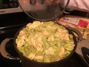 Cooking tortellini