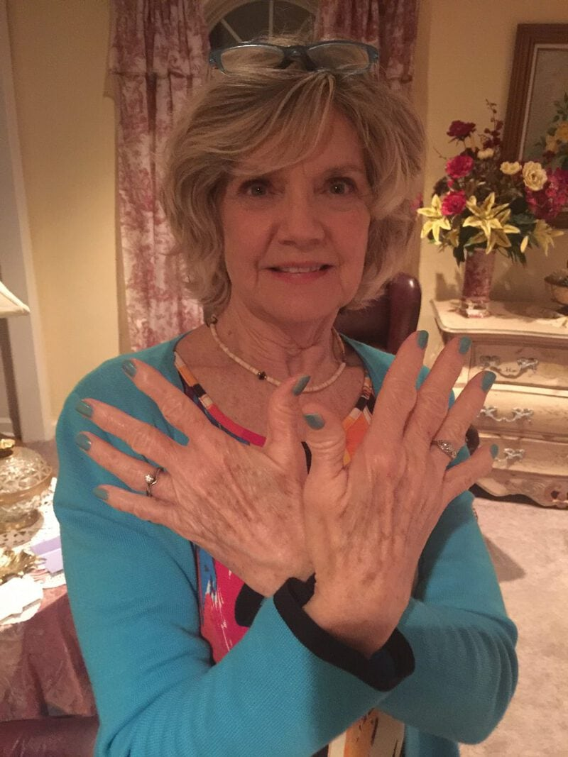 Bonnie blue nails (2)