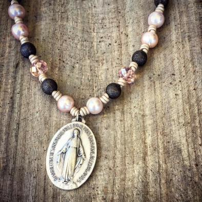 blessedmessmiraculousmedal2