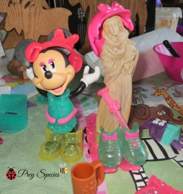 minnie and mary