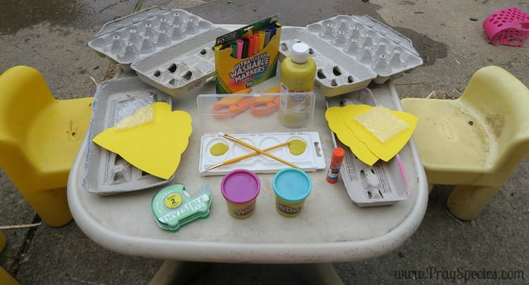 invitation to play making a beehive