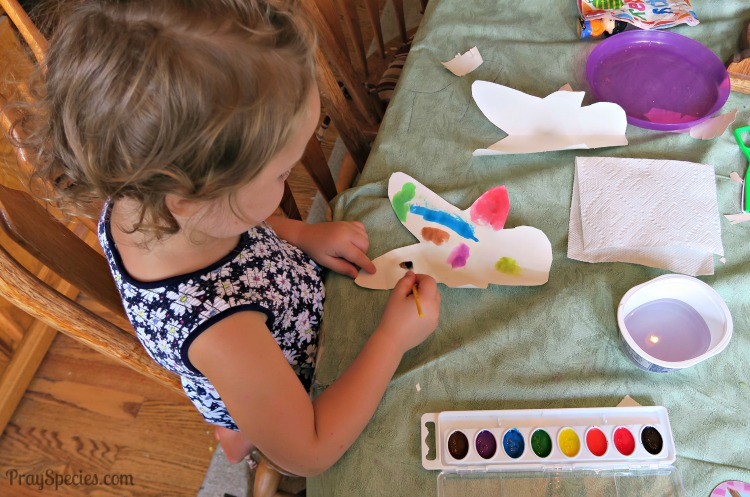 Ladybug painting her paper doll