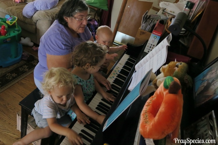 playing-piano-with-grandma