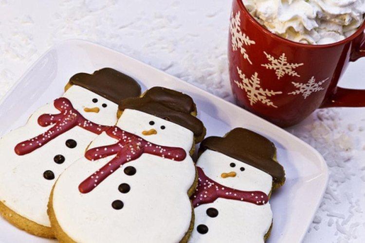 Десерт Шоколадные снеговики