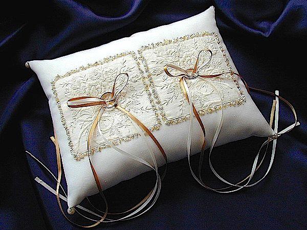 подушка для бракосочетания