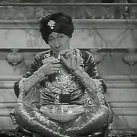 The Green Goddess (1930) Review, with George Arliss and Ralph Forbes