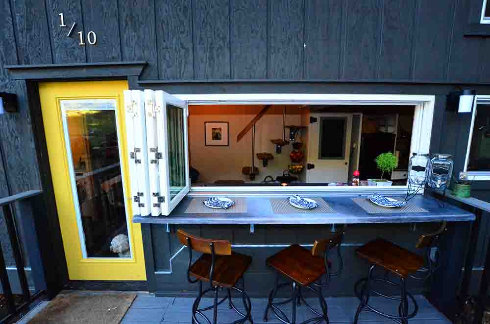Functional Tiny House Close To Nature  PRETEND Be curious  Travel