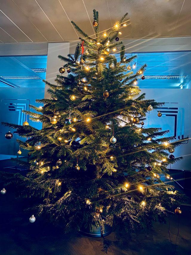 2020.12_Weihnachten2 PREBAG Holding AG