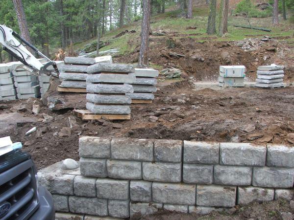 Precast Concrete Retaining Wall Blocks