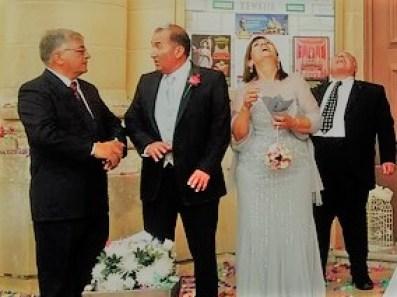 結婚式にお呼ばれしたおじおば