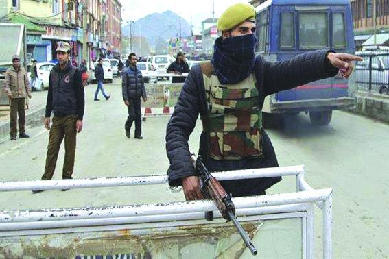 Security beefed up across Kashmir ahead of R-Day