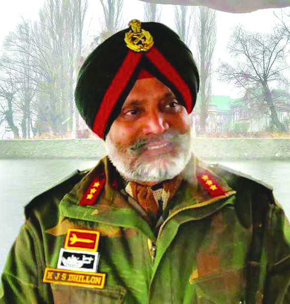 Lt Gen Dhillon takes over as GoC 15 Corps