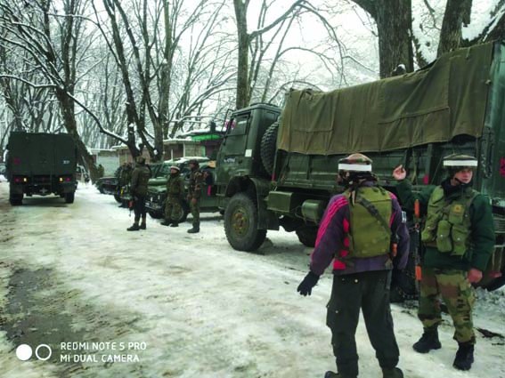 Militant, soldier killed in Pulwama encounter