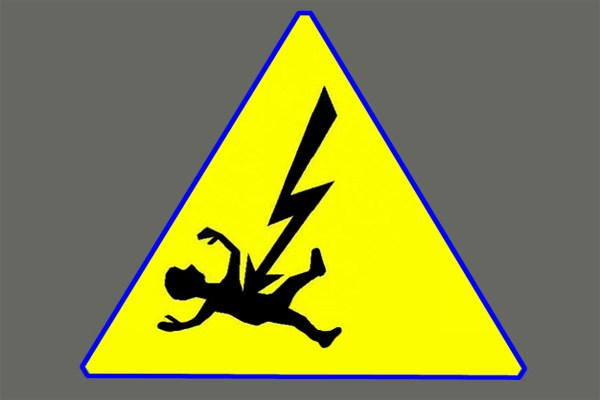 PDD employee electrocuted in Kund Qazigund