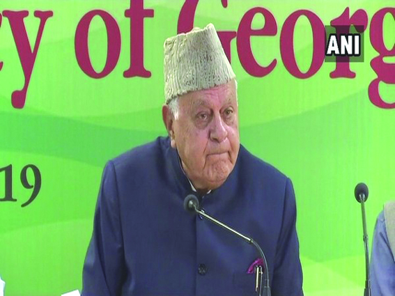 Dr Farooq breaks down describing Kashmir situation