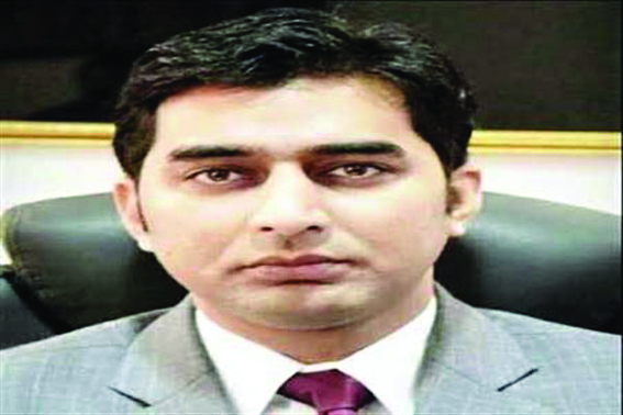 Few among arrivals from other parts of world not cooperating: DC Srinagar