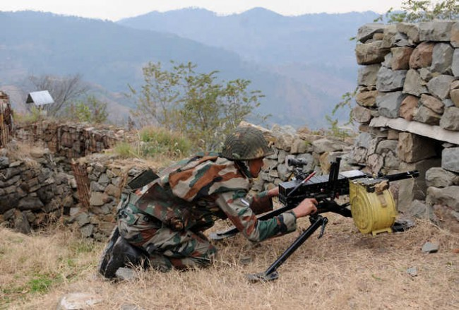 Indo-Pak armies exchange gunfire along LoC in Poonch