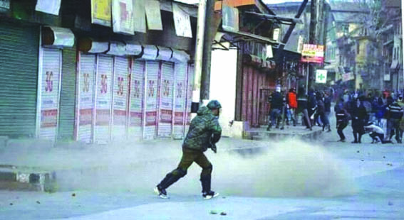 Sumbal Minor's Rape: Massive clashes, protests rock Kashmir