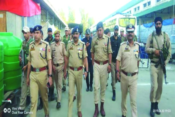 DGP reviews security arrangements, traffic management on National Highway
