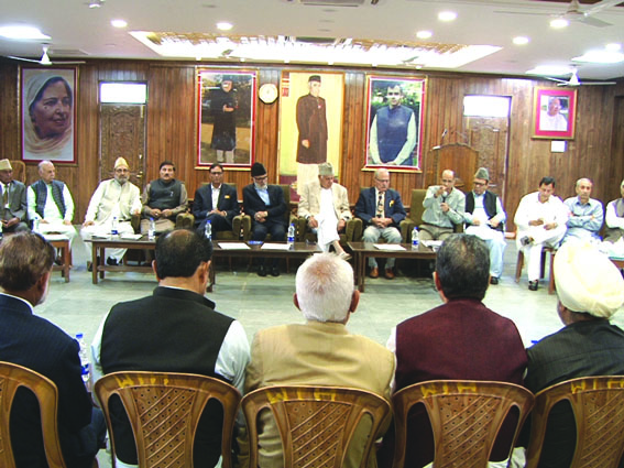 Work for greater interests of state: Dr Farooq to party functionaries