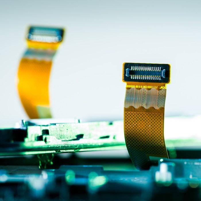 Flexible Cable showing connectors