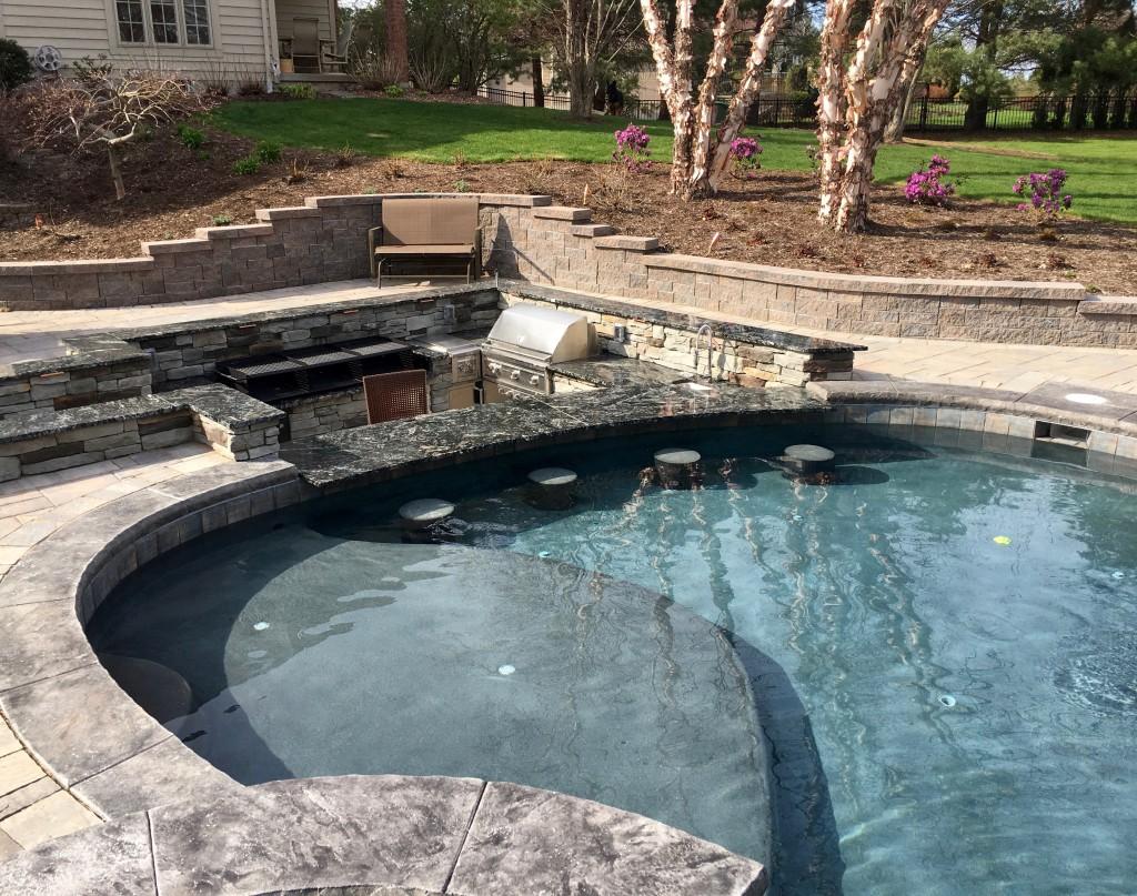 inground Pool, swim up bar, gunite, Design pool, outdoor kitchen, Rochester, fiberglass vs gunite,