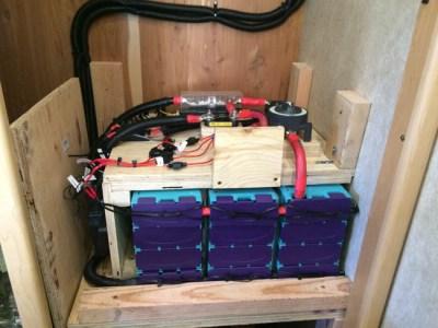 Tiffin Allegro Bus 1200 Watts Hybrid Inverter 600 AH LI 50 Amp sub panel dual contollers