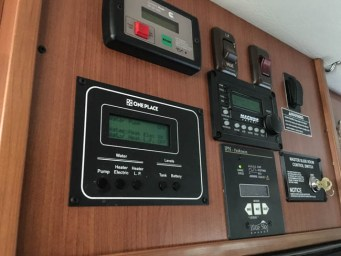 RV Battery Charge Controller