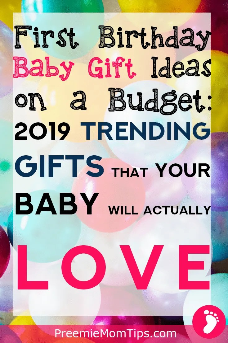 Take a look at my top 2019 toys for babies for parents on a budget! Get your little one a present that your baby will actually love (and your pocket, too)!