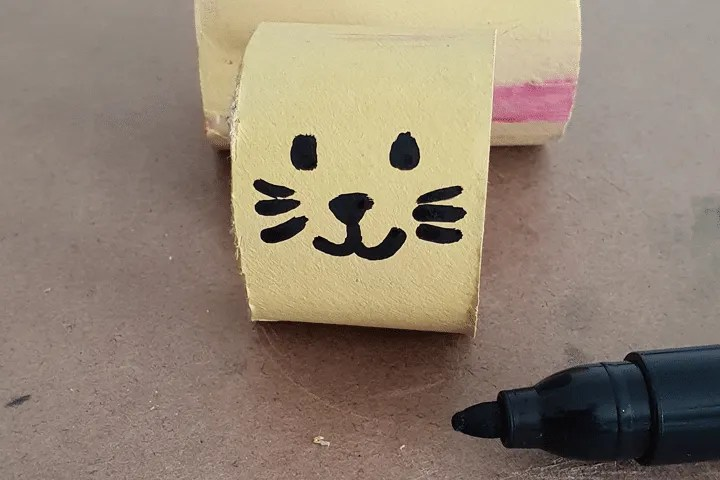 Toddler Crafts: Bunny Paper Roll Step 7