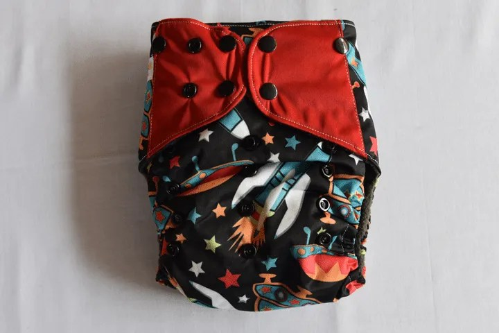 Learn all about the types of cloth diapers