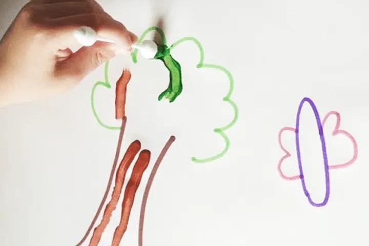 Indoor activities for preschoolers: Cotton Swab Painting