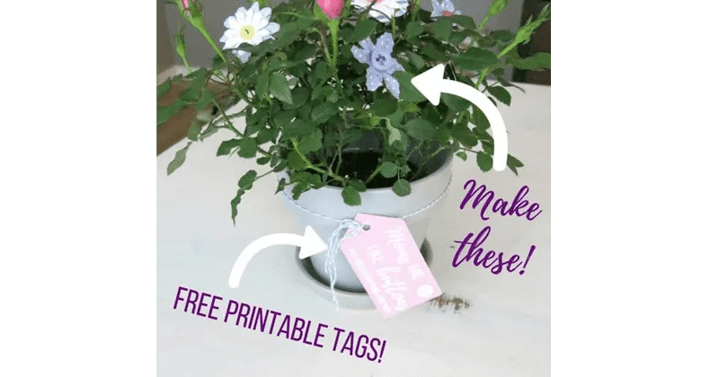 Beautiful easy button craft for preschoolers, make the perfect gft for mom!
