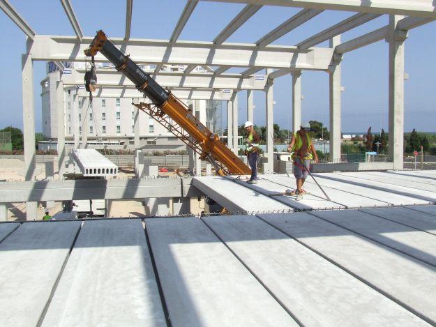foto de montaje de altillo por debajo de cubierta