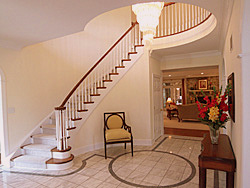Vienna Virginia foyer after home staging