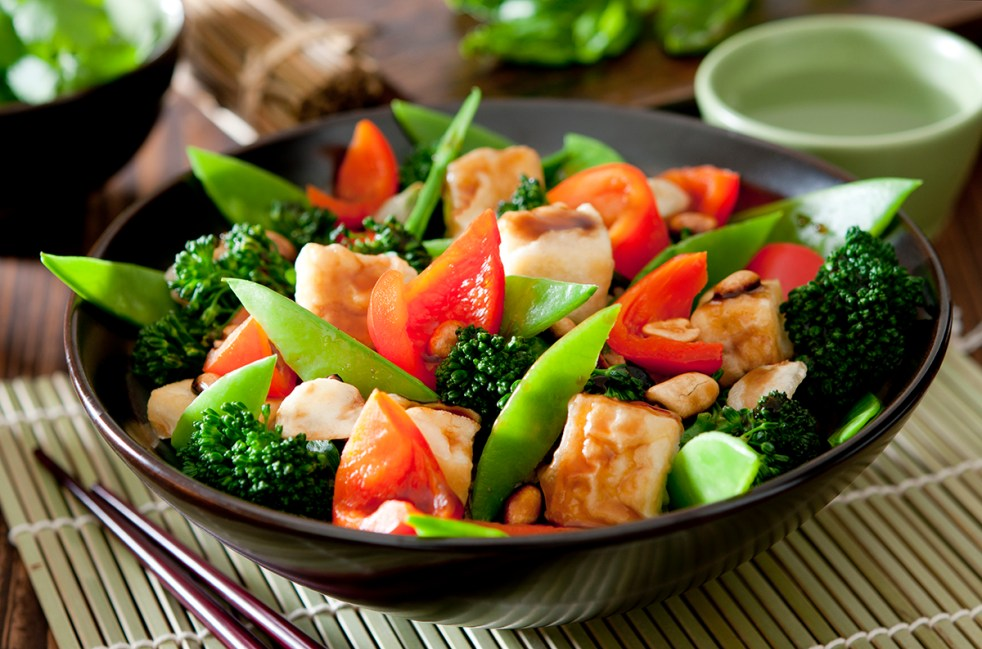 Bowl of tofu and vegetable stir fry.