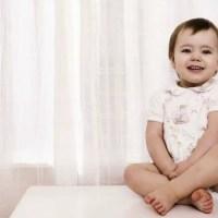 Mi bebé expulsa gases muy desagradables ¿qué es?