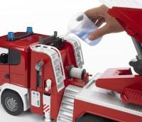 Scania R-Serie Feuerwehr mit Wasserpumpe