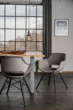 KAWOLA Essgruppe 5-Teilig mit Esstisch Baumkante Fuß silber 140x85cm und 4x Stuhl ZAJA Velvet grau