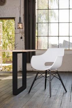 KAWOLA Essgruppe 5-Teilig mit Esstisch Baumkante nussbaumfarben Fuß schwarz 140x85cm und 4x Stuhl ZAJA Kunststoff weiß