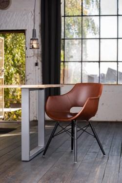 KAWOLA Essgruppe 5-Teilig mit Esstisch Baumkante Fuß silber 140x85cm und 4x Stuhl ZAJA Kunstleder cognac