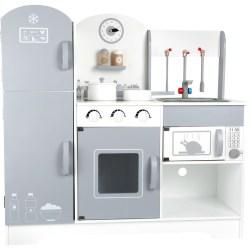 Spielküche mit Kühlschrank