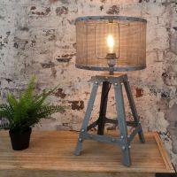 Tischlampe ROBOT Grau aus Metall 60cm Höhe im Industriedesign