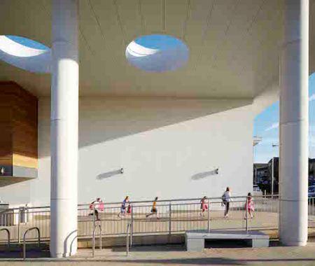 Building: Huddersfield Leisure CentreArchitect: AHRLocation: Huddersfield