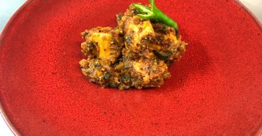Shilpa Dandekar Creates Explosive Family Dishes for Bonfire Night