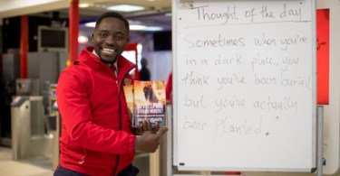 Inspirational Quotes on Station Platforms Prove a Hit With Passengers